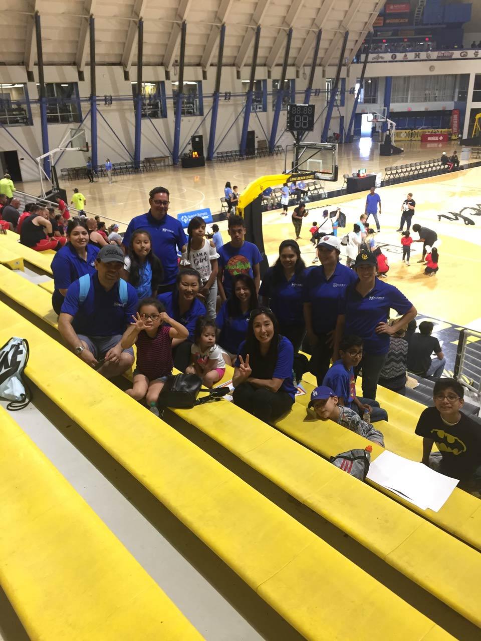 group-basketball-full